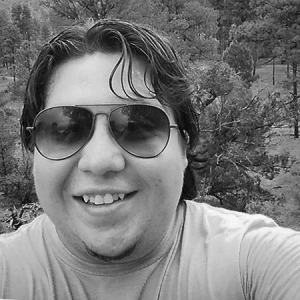 Mario Robles<br>Programmer